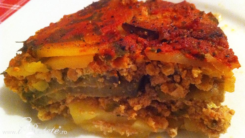 Musaca de cartofi cu vinete si carne