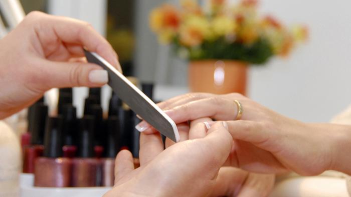 Micozele se pot lua prin contact cu instrumentele nesterilizate
